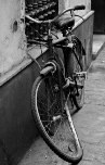 old bike, Sevilla 2009 | photography